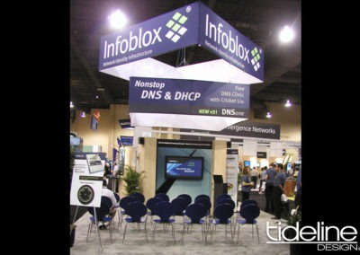 infoblox-modular-20x30-custom-learning-hanging-banner-theater-exhibit-03