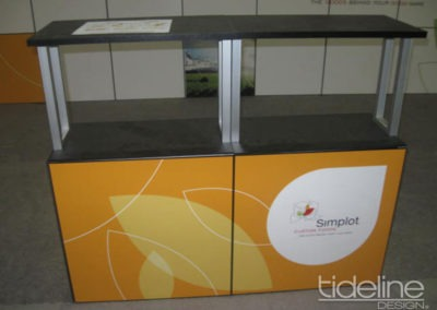 simplot-10x30-grid-wall-panel-exhibit-05