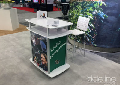 simplot-plant-science-innate-at-potato-expo-20x30-island-custom-designed-trade-show-exhibit-with-kristin-armstrong-12