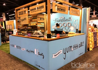 tofurky-eco-green-sustainable-repurposed-expo-west-2017-trade-show-booth-07