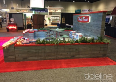 wada-farms-custom-built-20x30-trade-show-display-with-hanging-truss-lighting-banners-10