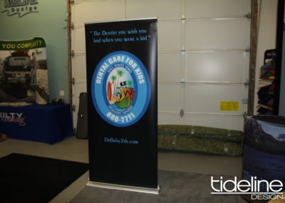 dental-care-silver-banner-stand-for-boise-home-show-02