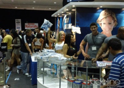 bodybuilding-custom-island-large-graphics-stage-tradeshow-exhibit-02