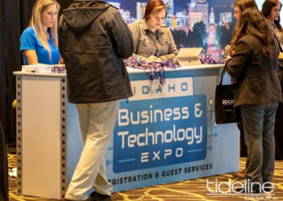 Idaho-business-technology-expo-counter-featherlite-graphics-sturdy-portable-01